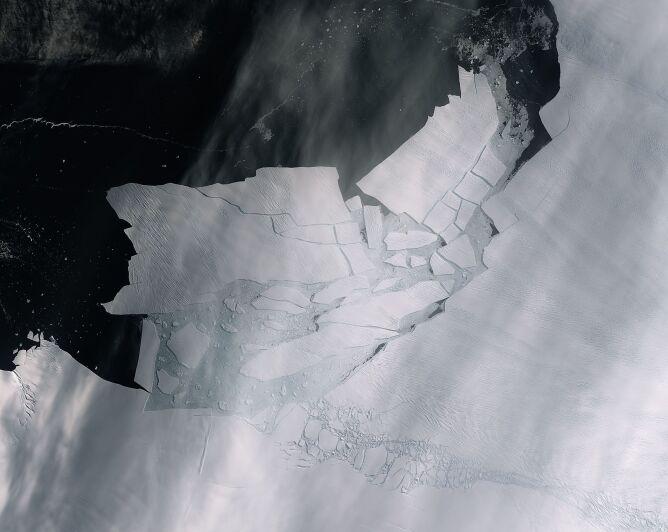 Zdjęcie satelitarne z 11 lutego (ESA)